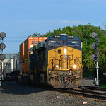 CSX eastbound intermodal train at CP 147 in Pittsfield.